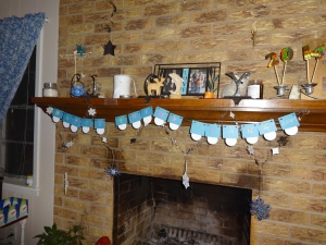 The garland we made last week at Grandma's house is now complete!